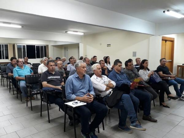 SEEB ERECHIM PARTICIPA DE REUNIÃO EM CAXIAS DO SUL RS